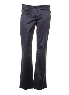 le group woman pantalons femme de couleur gris