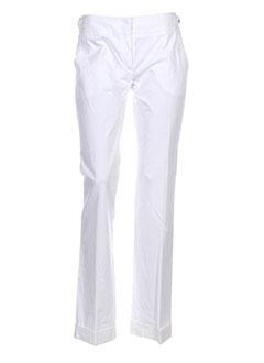 caractere pantalons et citadins femme de couleur blanc