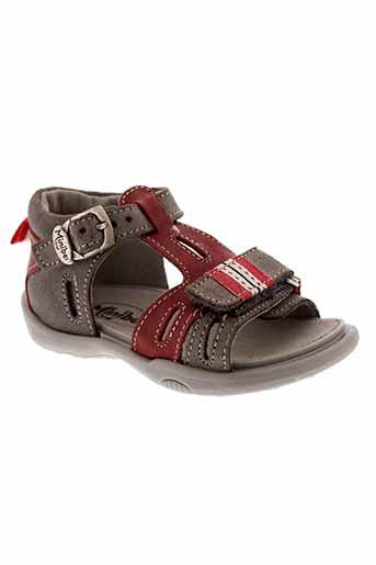 minibel sandales et nu et pieds garcon de couleur gris