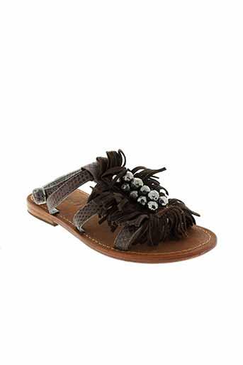 oca et loca sandales et nu et pieds fille de couleur marron