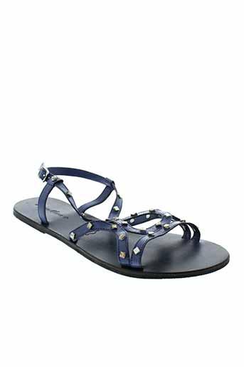 dona et nova sandales et nu et pieds femme de couleur bleu