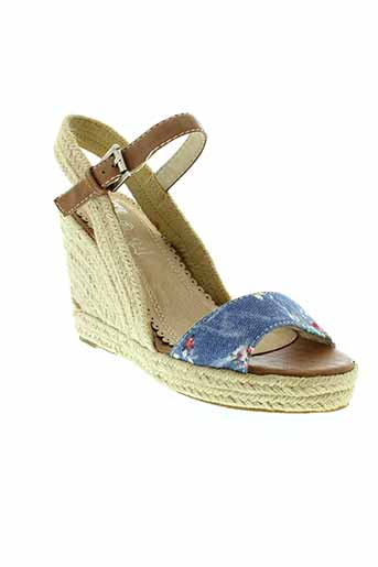 cassis et cote et d et azur sandales et nu et pieds femme de couleur bleu