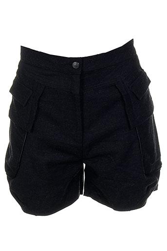 angel et never et die shorts et 1 femme de couleur noir