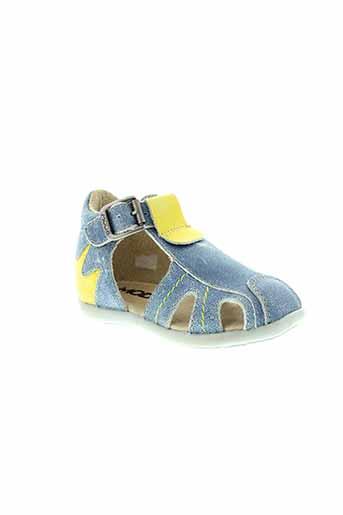 mod8 sandales et nu et pieds garcon de couleur bleu
