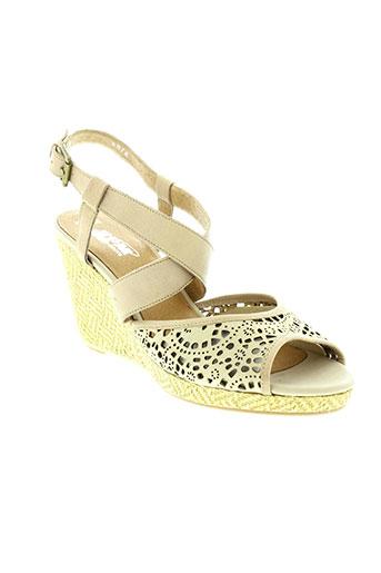 spm sandales et nu et pieds femme de couleur beige
