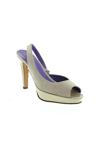 parallele chaussures femme de couleur beige