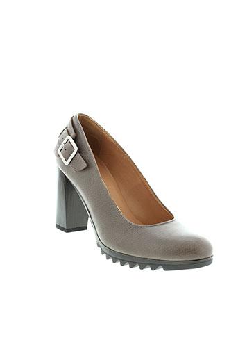 espace chaussures femme de couleur marron
