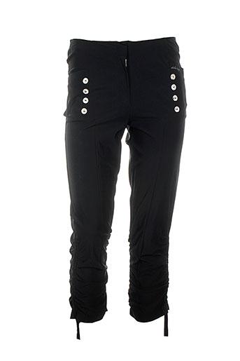 akela key pantalons femme de couleur noir