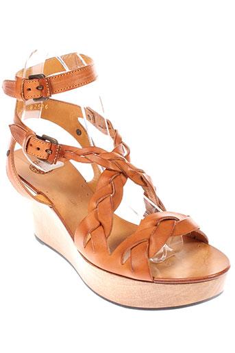 buttero sandales et nu et pieds femme de couleur marron