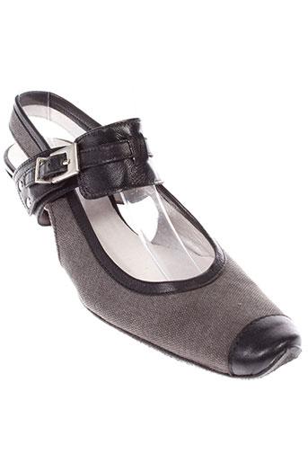 armaro chaussures femme de couleur gris