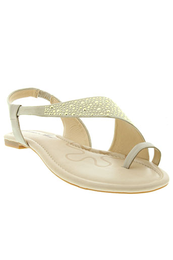 pretty et nana sandales et nu et pieds femme de couleur beige