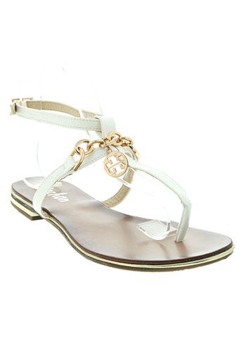 vachon sandales et nu et pieds femme de couleur blanc