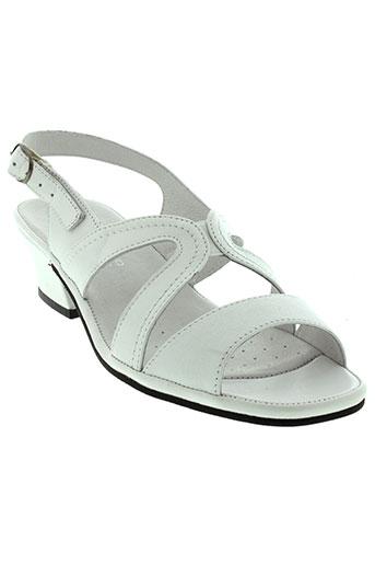 swedi sandales et nu et pieds femme de couleur blanc