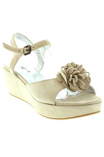 m et por et m sandales et nu et pieds femme de couleur beige