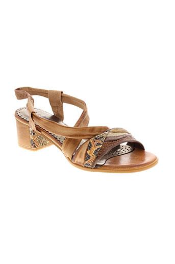 di et que et si sandales et nu et pieds femme de couleur marron