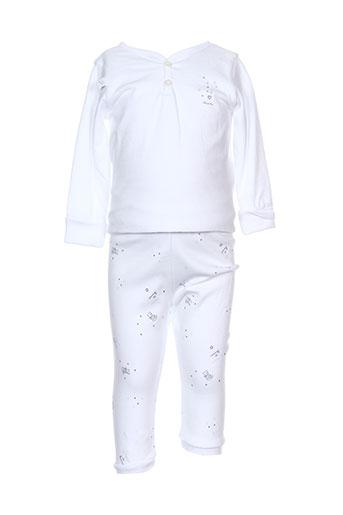absorba pyjamas et 1 enfant de couleur blanc (photo)