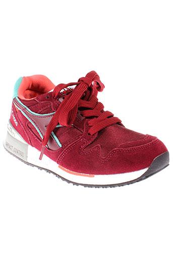 diadora chaussures femme de couleur rouge