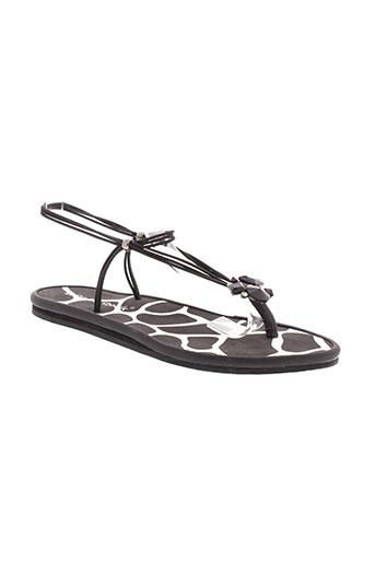 string et tong sandales et nu et pieds femme de couleur noir