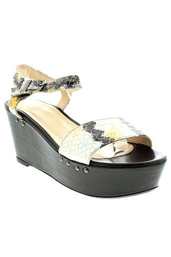 anaki sandales et nu et pieds femme de couleur gris