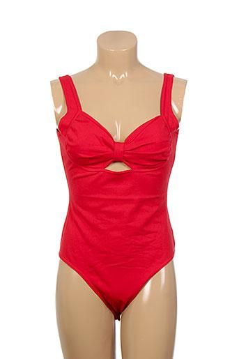 la et fee et maraboutee body femme de couleur rouge