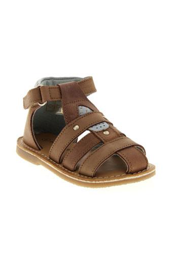 sucre et d et orge sandales et nu et pieds garcon de couleur marron