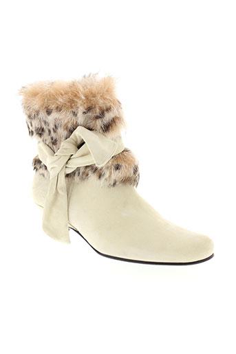 accessoire diffusion chaussures femme de couleur beige