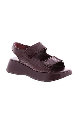 stephane et kelian sandales et nu et pieds femme de couleur rouge