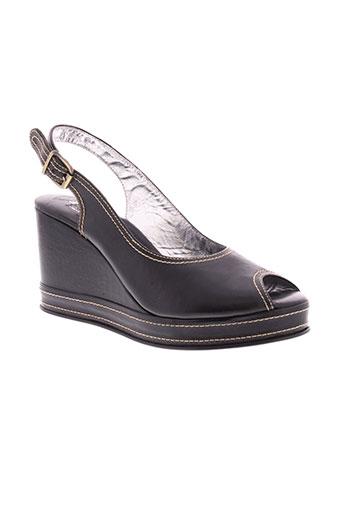 free et lance sandales et nu et pieds femme de couleur noir