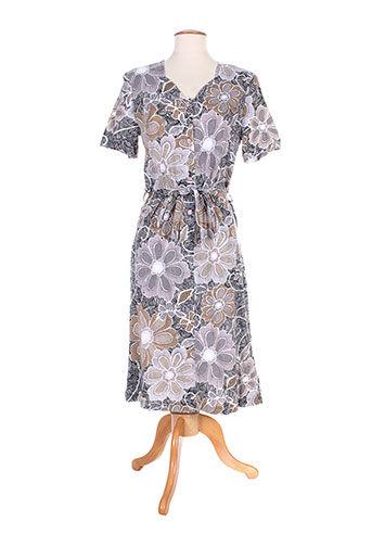 20 et 20 robes et longues femme de couleur beige (photo)