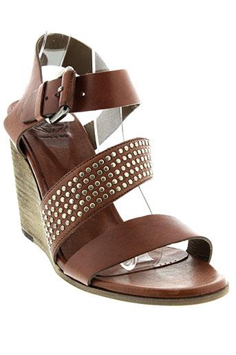 o et x et s sandales et nu et pieds femme de couleur marron