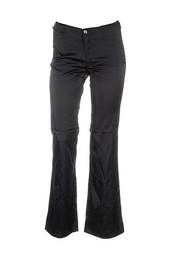 bouton rouge pantalons femme de couleur noir
