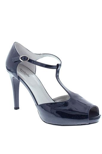 nero et giardini sandales et nu et pieds femme de couleur bleu