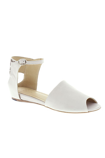 ink et shoes sandales et nu et pieds femme de couleur beige