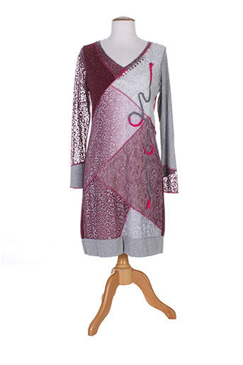 etnia robes femme de couleur rose