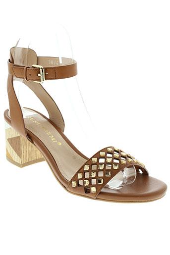 bruno et premi sandales et nu et pieds femme de couleur marron