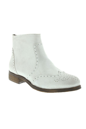 imagini boots femme de couleur gris