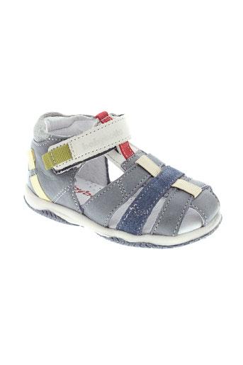 babybotte sandales et nu et pieds garcon de couleur bleu