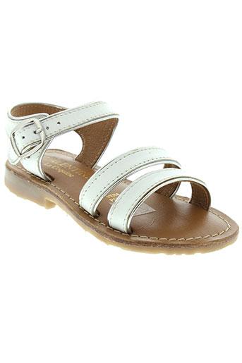valentine et la et coquine sandales et nu et pieds fille de couleur blanc