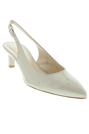 adrien sandales et nu et pieds femme de couleur beige