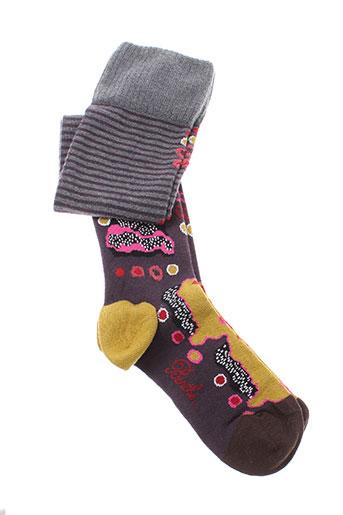 berthe et aux et grands et pieds jambieres femme de couleur gris
