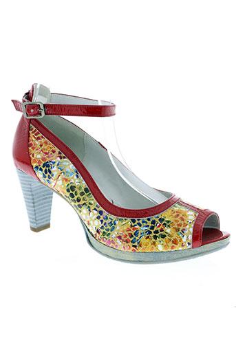 un tour en ville chaussures femme de couleur rouge