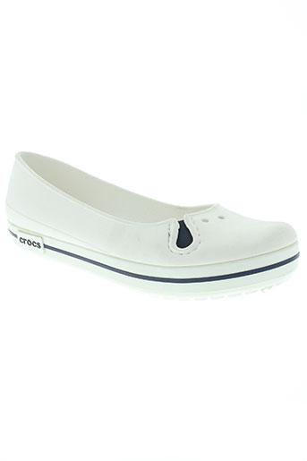 crocs chaussures femme de couleur blanc