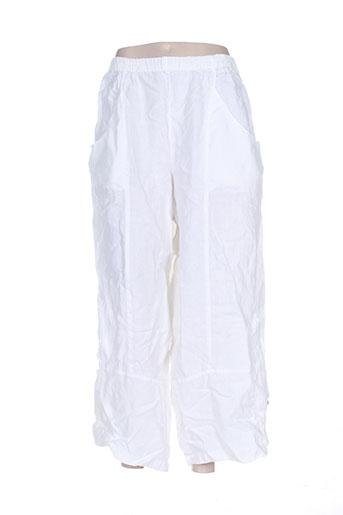 kristina pantacourts femme de couleur blanc