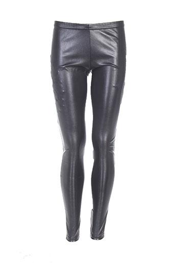 carre rouge pantalons femme de couleur noir