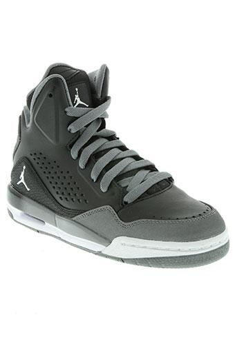 jordan chaussures garçon de couleur noir