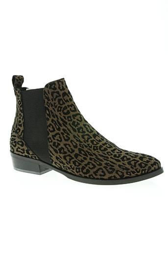 regard chaussures femme de couleur marron