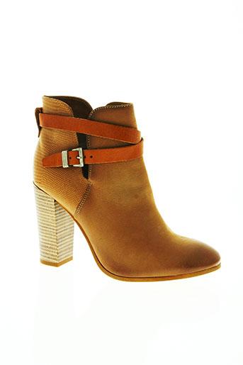 texto chaussures femme de couleur marron