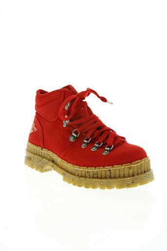 art chaussures homme de couleur rouge