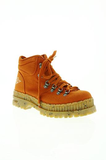 art chaussures homme de couleur orange